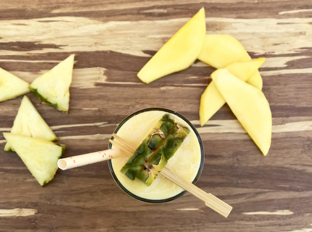how to make a smoothie with pineapple