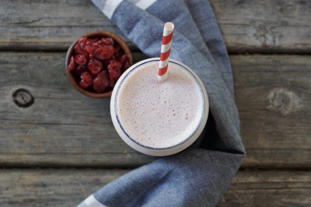 cranberry-orange creamsicle smoothie
