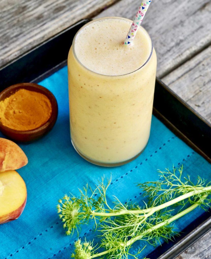pineapple-peach turmeric smoothie