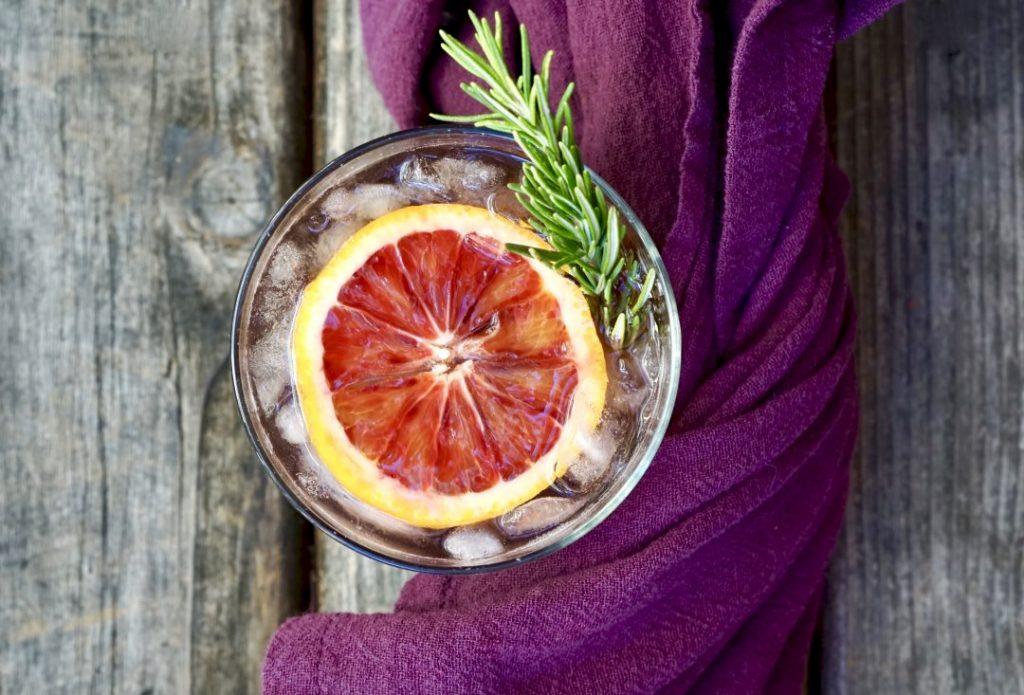 Cranberry-Cassis White Wine Spritzer